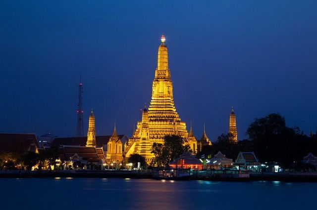 a-thailande-bangkok-wat-arun-6-go