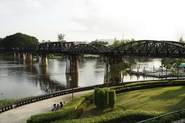 a-thailande-riviere-kwai-pont-4-go