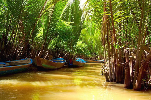 La Cantate du Mékong, pont sup. + Hanoi / Halong - Vietnam, Cambodge