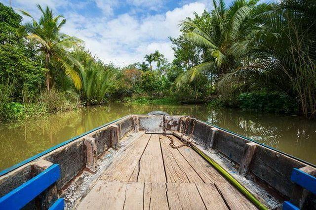 a-vietnam-delta-mekong-11-go
