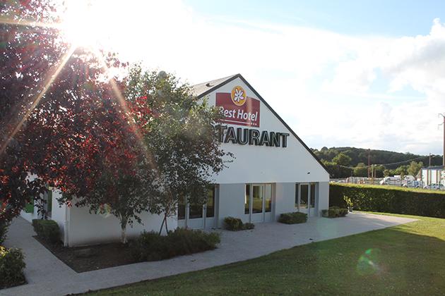 Best Hotel Mayenne Facade Restaurant